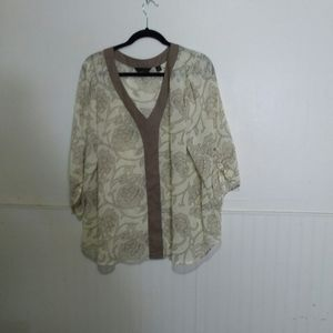 Investments women's top size 1X cream,tan